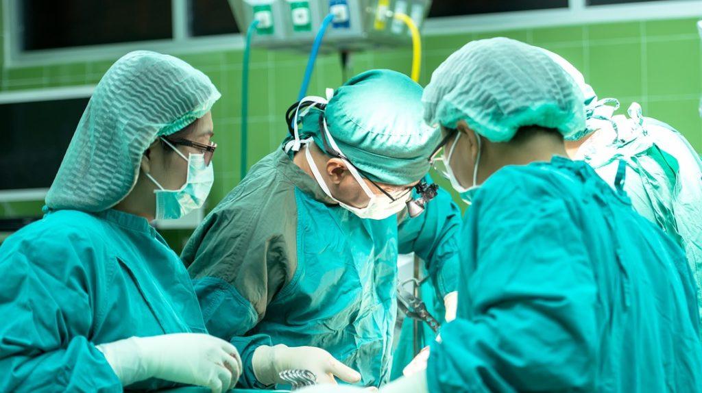 ヘルニアの手術